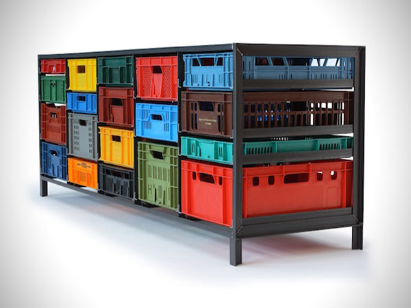 Recylced-Plastic-Crates-Turned-Home-Storage-Solution-4